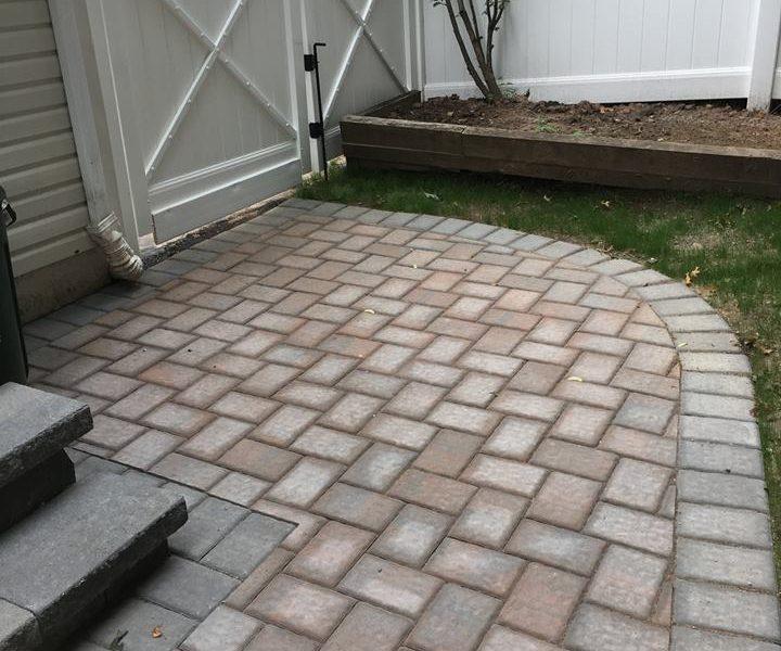 backyard_patio_and_walkway2